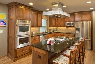 Craftsman Kitchen with Northern White Oak - Natural 3 in. Engineered Hardwood Plank, Ceramic Tile, L-shaped, Undermount sink