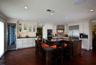 Traditional Kitchen with Kitchen island, Sharp microwave drawer oven, Absolute black granite, Crown molding, Inset cabinets