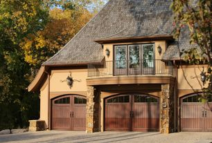 Traditional Garage