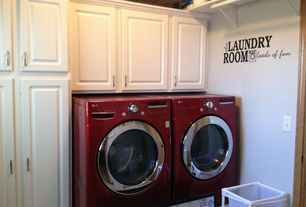 Traditional Laundry Room with Built-in bookshelf, Undermount sink, Hanging Bar, Standard height
