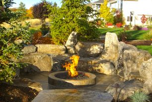 Traditional Patio with Outdoor firepit