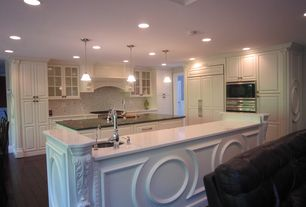 Traditional Kitchen with L-shaped, Pendant light, Standard height, Soapstone counters, Raised panel, electric cooktop, Flush