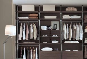 Contemporary Closet with Built-in bookshelf, Standard height, Carpet