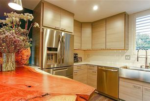 Contemporary Kitchen with Farmhouse sink, Kitchen Craft Contempra Horizontal Cabinet Door Style, U-shaped, Corian counters