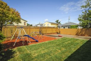 Traditional Landscape/Yard with Pathway, Raised beds, Fence
