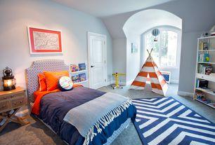 Contemporary Kids Bedroom with Carpet, Arched window, Indoor/ outdoor navy zig-zag rug, Kidkraft teepee in chevron