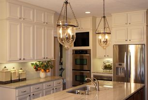 Traditional Kitchen with Marble countertop, 60W Retro Pendant Light with 3 Lights and Glass Shade in Candle Feature