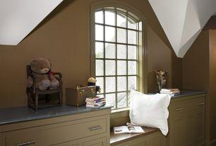 Traditional Kids Bedroom