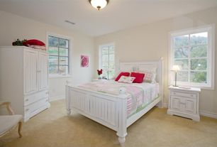 Cottage Guest Bedroom with Carpet, Standard height, picture window, Casement, flush light