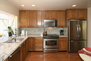 Traditional Kitchen with built-in microwave, Undermount sink, Standard height, dishwasher, Complex Granite, Laminate floors