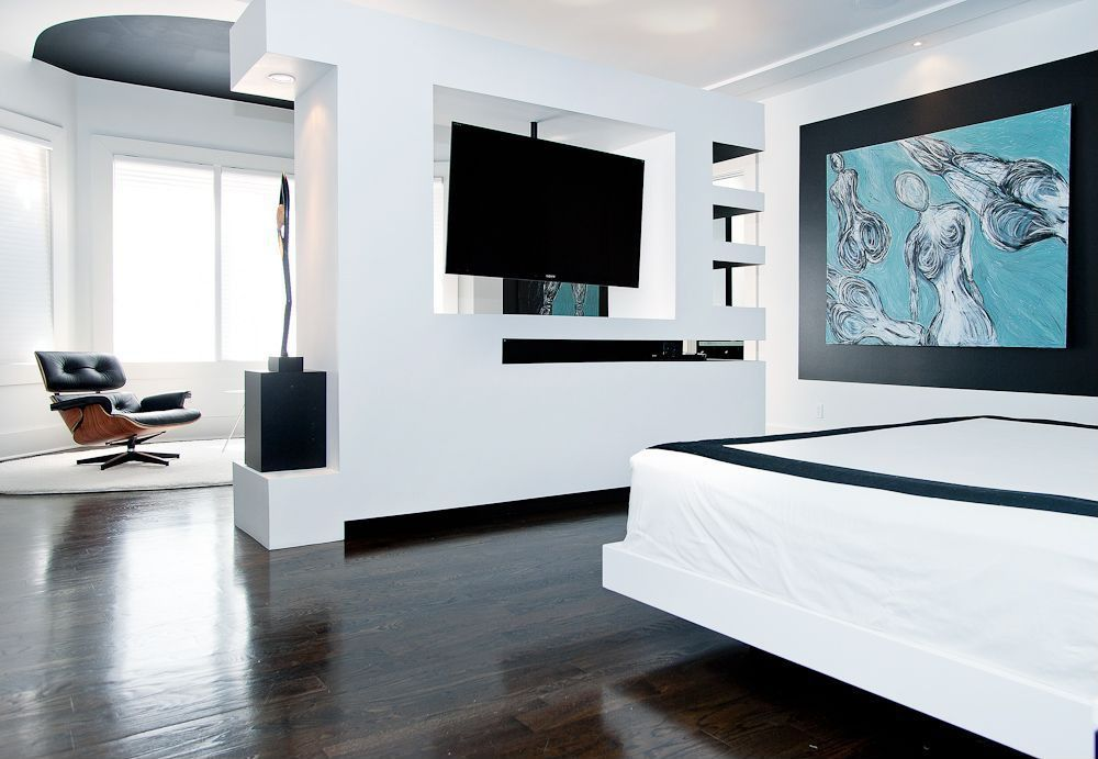 Contemporary Master Bedroom with High ceiling, can lights, Laminate floors