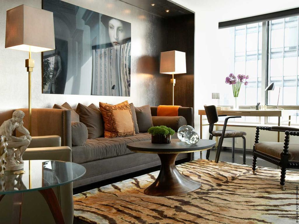 Contemporary Living Room with Carpet, specialty window, Standard height, can lights