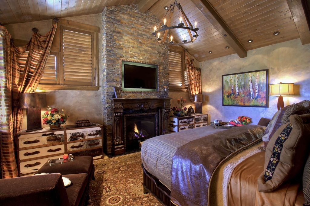 Great rustic master bedroom zillow digs Traditional rustic master bedroom