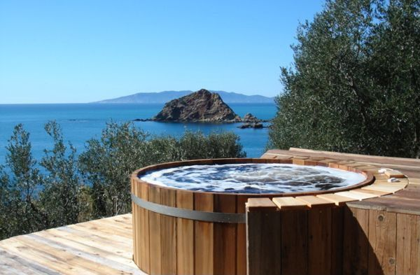 Rustic Hot Tub with Cedar wood hot tub
