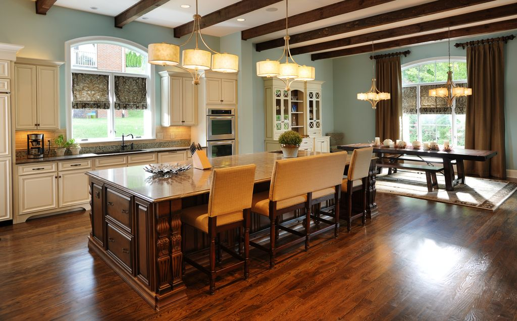 Craftsman Kitchen with Destination lighting chandelier with drum shades - three lights, Paint, L-shaped, Framed Partial Panel