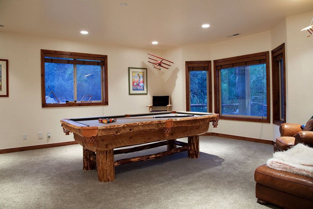 Craftsman Game Room