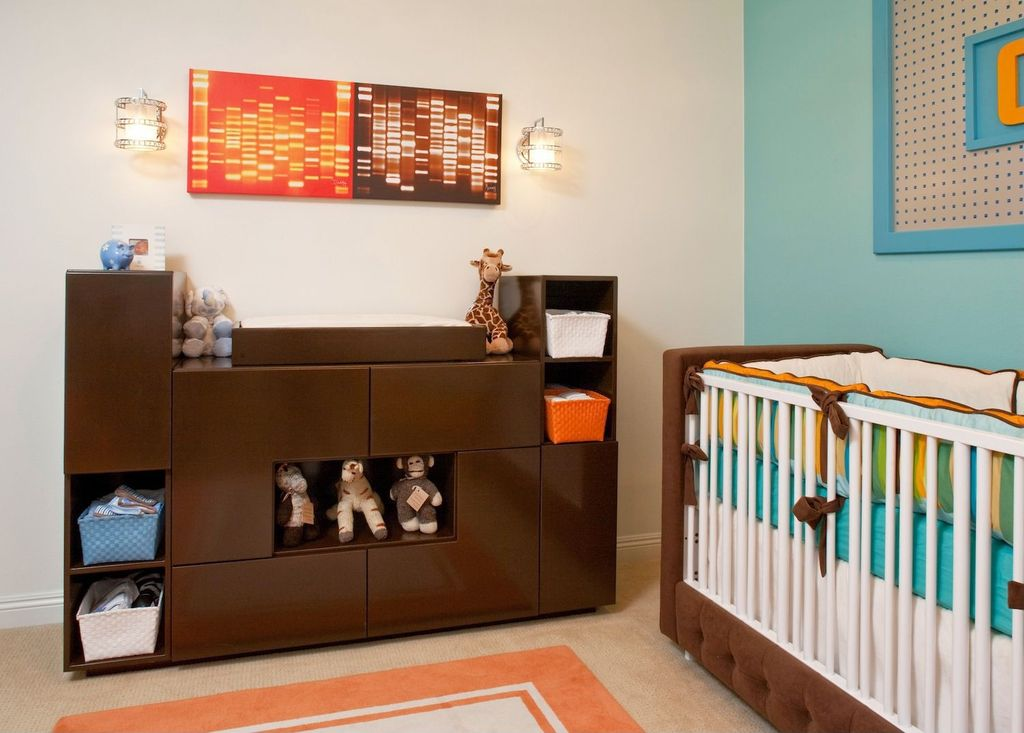 Contemporary Kids Bedroom with Standard height, Wall sconce, Carpet, no bedroom feature