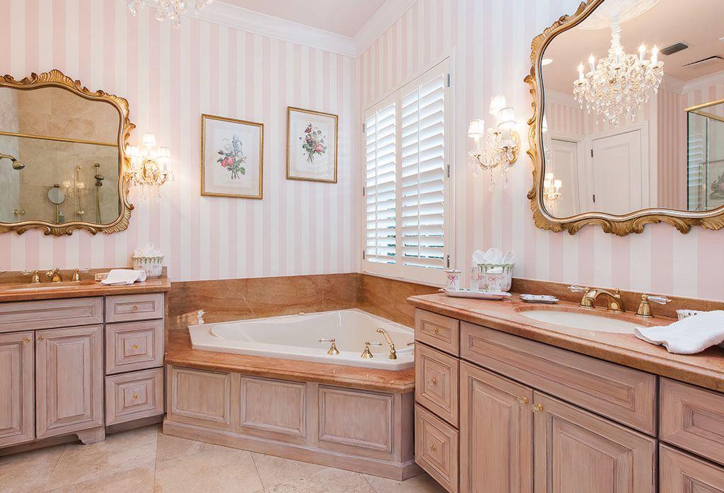Traditional Master Bathroom with MS International Jania Cream Limestone, Raised panel, Sandstone, Sandstone counters