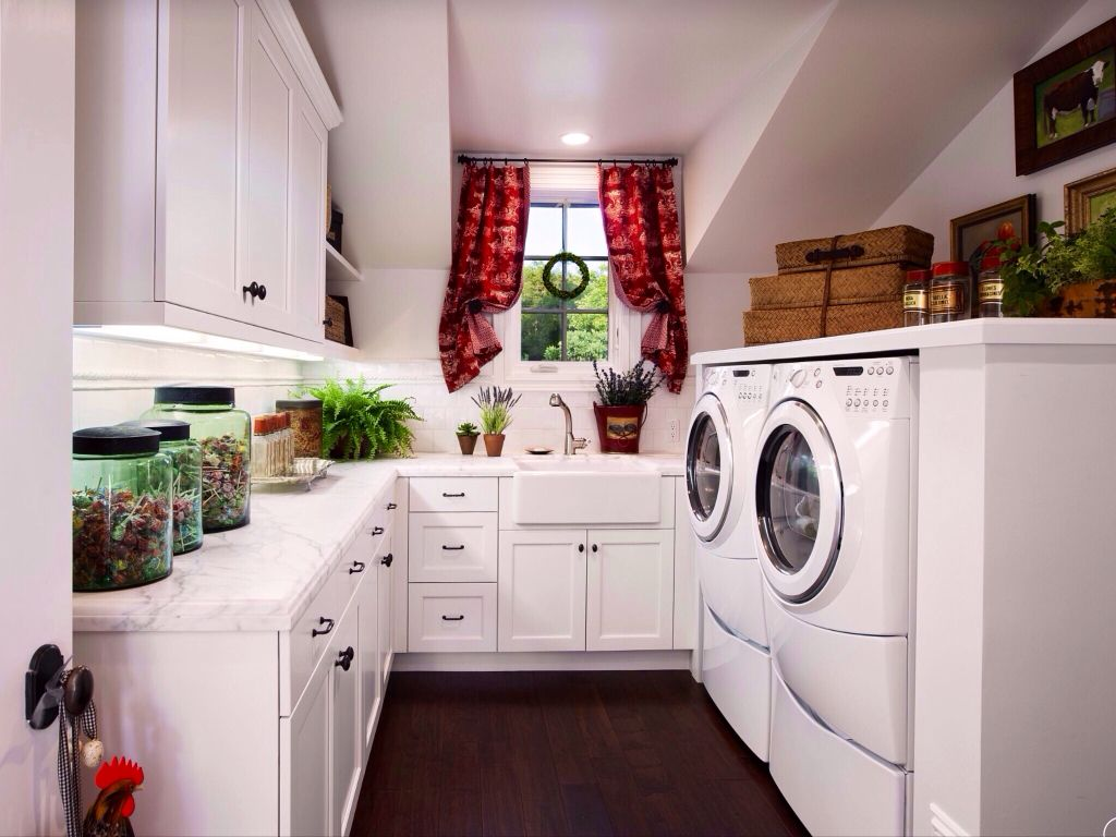 Cottage Laundry Room with Farmhouse sink, Hardwood floors, Built-in bookshelf