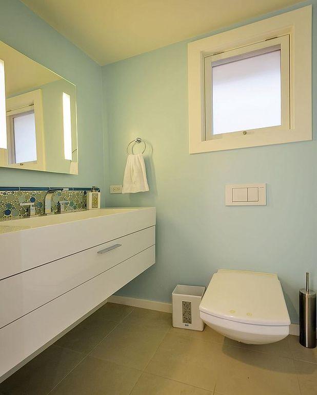 Contemporary Full Bathroom with Undermount sink, European Cabinets, partial backsplash, Casement, Powder room, Flush
