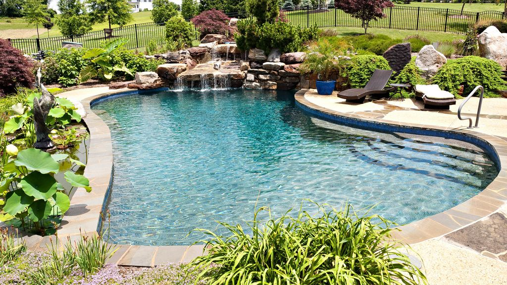 Traditional Swimming Pool with Fence, exterior stone floors, Other Pool Type