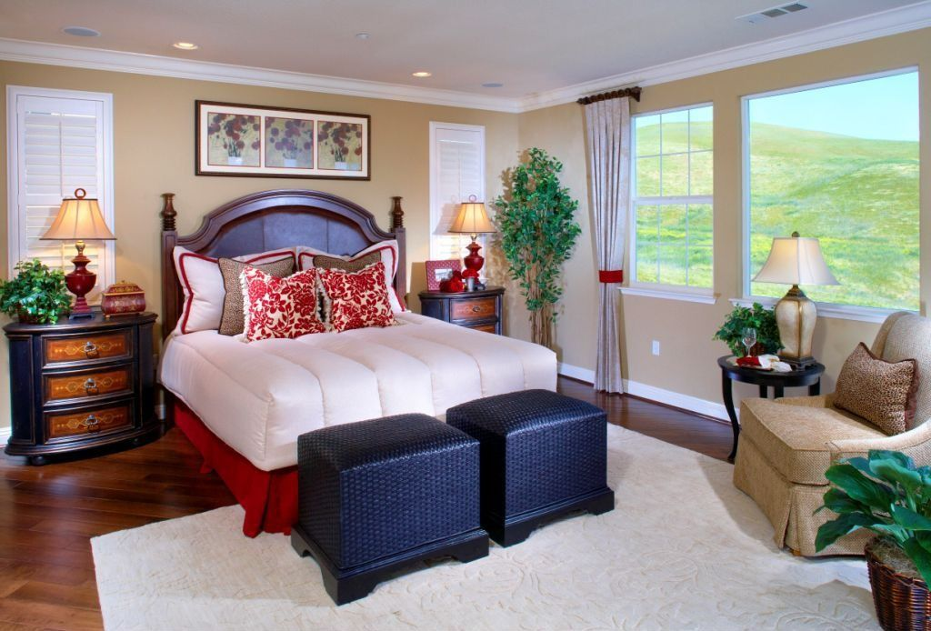 Traditional Master Bedroom with picture window, double-hung window, Standard height, Crown molding, Hardwood floors