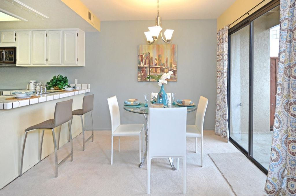 Contemporary Dining Room With Pendant Light Carpet In Newark CA Zill