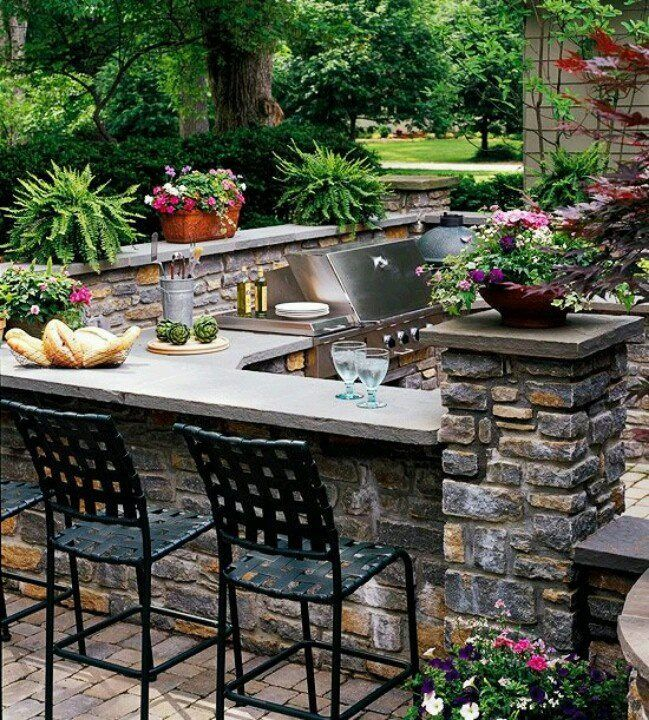 "Traditional Patio with exterior stone floors, Sorrento 28"" barstool, Outdoor kitchen"
