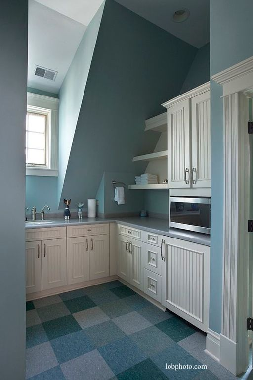Cottage Laundry Room with Aristokraft Cabinetry Ellsworth Door Style