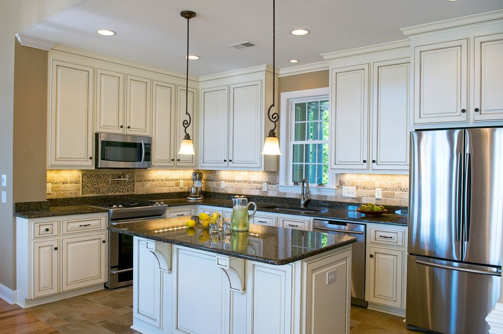 Traditional Kitchen with Crystorama Winslow 1 Light Pendant, Undermount sink, Pendant light, Crown molding, Inset cabinets