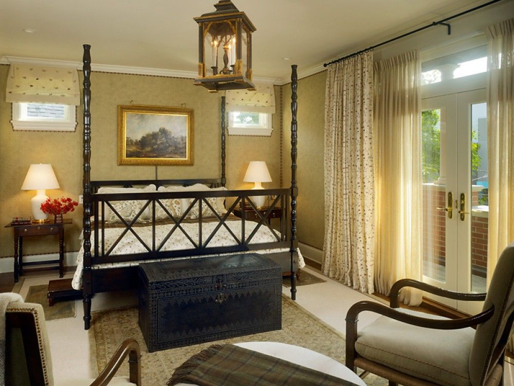 Traditional Master Bedroom with Hardwood floors, can lights, French doors, Transom window, Standard height, Crown molding