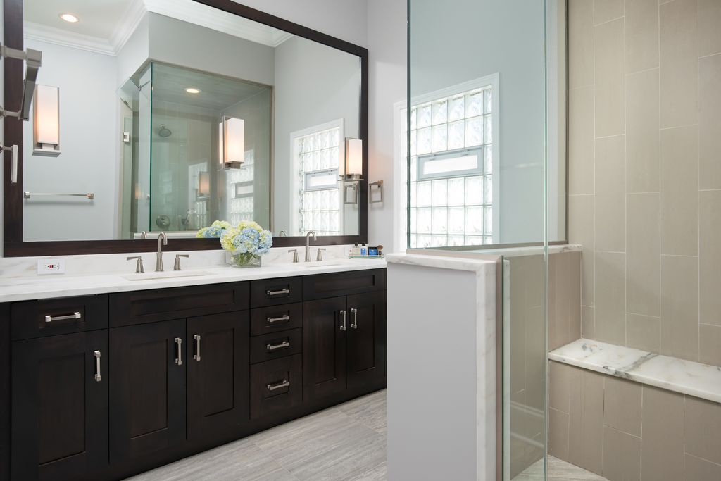 Contemporary Master Bathroom with Double sink, wall-mounted above mirror bathroom light, Casement, Undermount sink, Flush