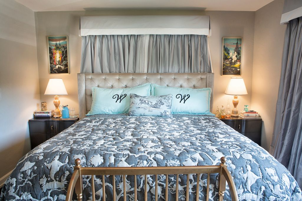 Eclectic Master Bedroom with Standard height