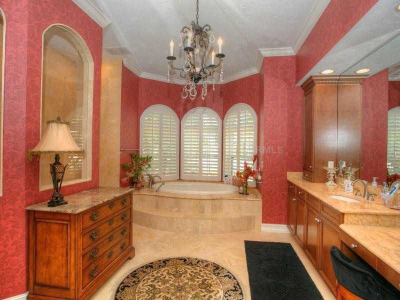 Traditional Master Bathroom with Standard height, full backsplash, Master bathroom, Arched window, curtain showerdoor, Shower