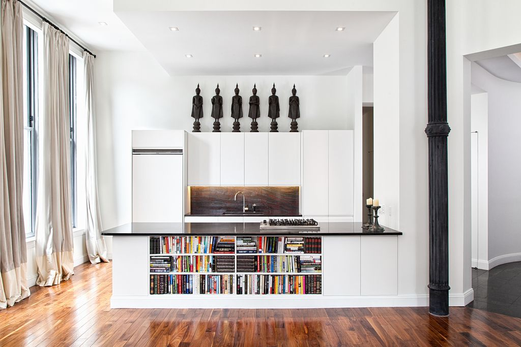 Contemporary Kitchen with Paint 1, Standard height, European Cabinets, TURNED WOOD PILLAR HOLDER, electric cooktop, Flush