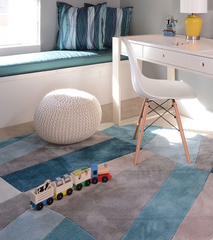 Contemporary Kids Bedroom with Carpet, Window seat, Bunk beds, LR Resources Fashion Ivory/Blue Geometric Area Rug