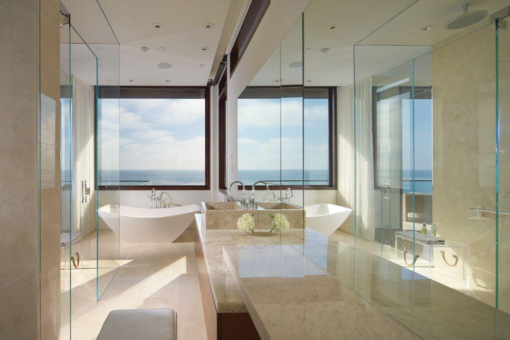 Contemporary Master Bathroom with Signature Hardware ENNIS ACRYLIC FREESTANDING AIR TUB, Paint 1, Freestanding, Rain shower