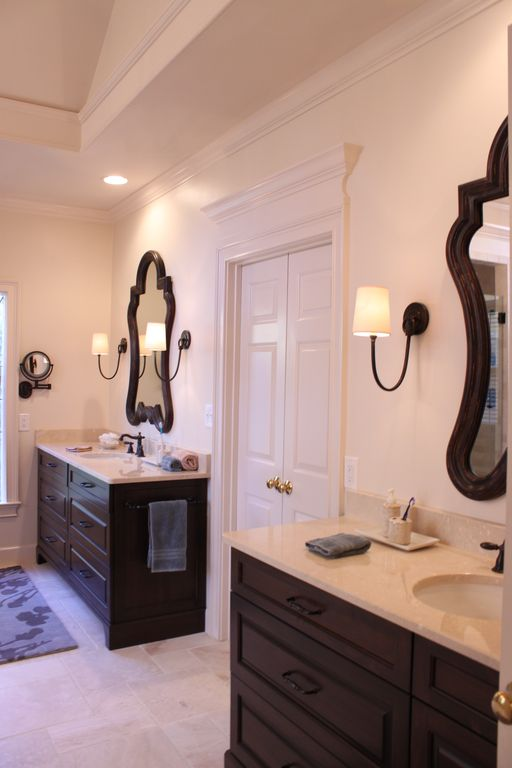 Traditional Master Bathroom with three quarter bath, Raised panel, specialty door, Undermount sink, can lights, High ceiling