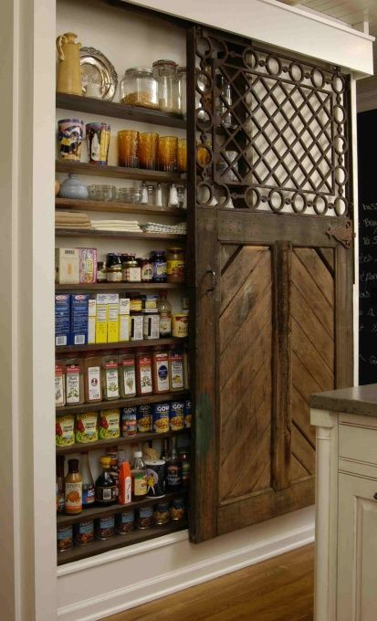 Rustic Pantry with Built-in bookshelf, Hardwood floors, Standard height