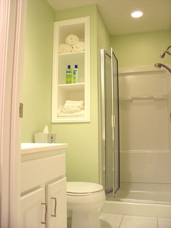 Contemporary 3/4 Bathroom with Shower, Handheld showerhead, three quarter bath, Limestone counters, Paint 1, Standard height