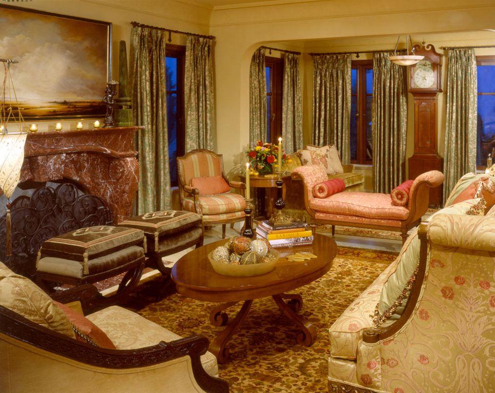 Traditional Living Room with Window seat, Sunken living room, Crown molding, Casement, Pendant light, Standard height, Carpet