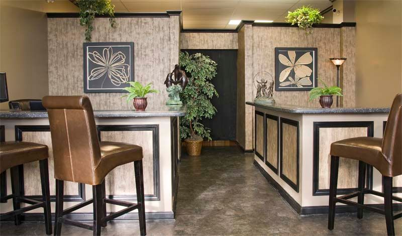 Tropical Bar with Standard height, Concrete floors, Built-in bookshelf