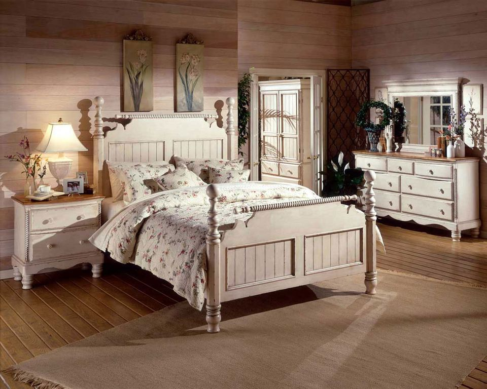 Country Master Bedroom with French doors, Standard height, Hardwood floors