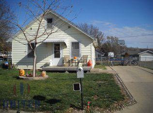 106 Lloyd Ave , N Sioux City SD