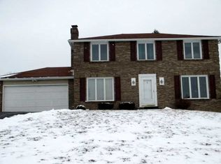 48 Red Post Cres , Fairport NY