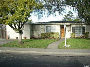 409 Cortez Dr , Petaluma CA