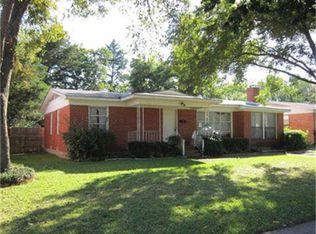 10664 Ruth Ann Dr , Dallas TX
