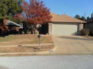 5903 Sterling Green Trl , Arlington TX
