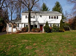 29 Parkway Rd , Briarcliff Manor NY