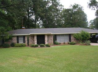 505 Oakwood Dr , Vicksburg MS